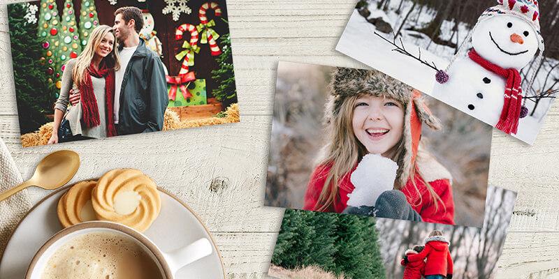 фотографии 10x15 на столе с кружкой